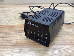 Chargeur lent pour batterie au plomb