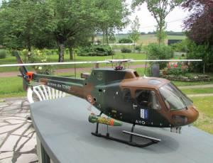 AS 350 Armee, 1400 €