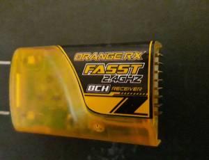 Récepteur orange Fasst 8ch