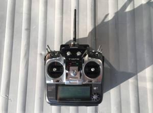 Télécommande Futaba T12FG