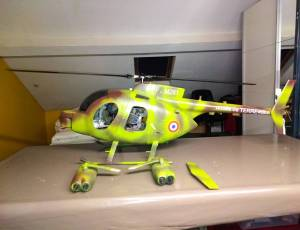 Fuselage helico Hughes taille 600, 150 €