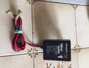 Chargeur Graupner  batterie démarrage.