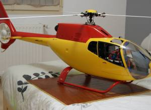 EC120 HIROBO électrique, 2500 €