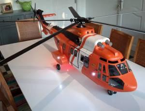 helico EC225 SUPER PUMA electrique, 1500 €
