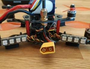 Drone racer FPV + lunettes